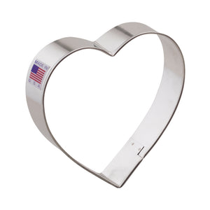 HEART COOKIE CUTTER CARDED