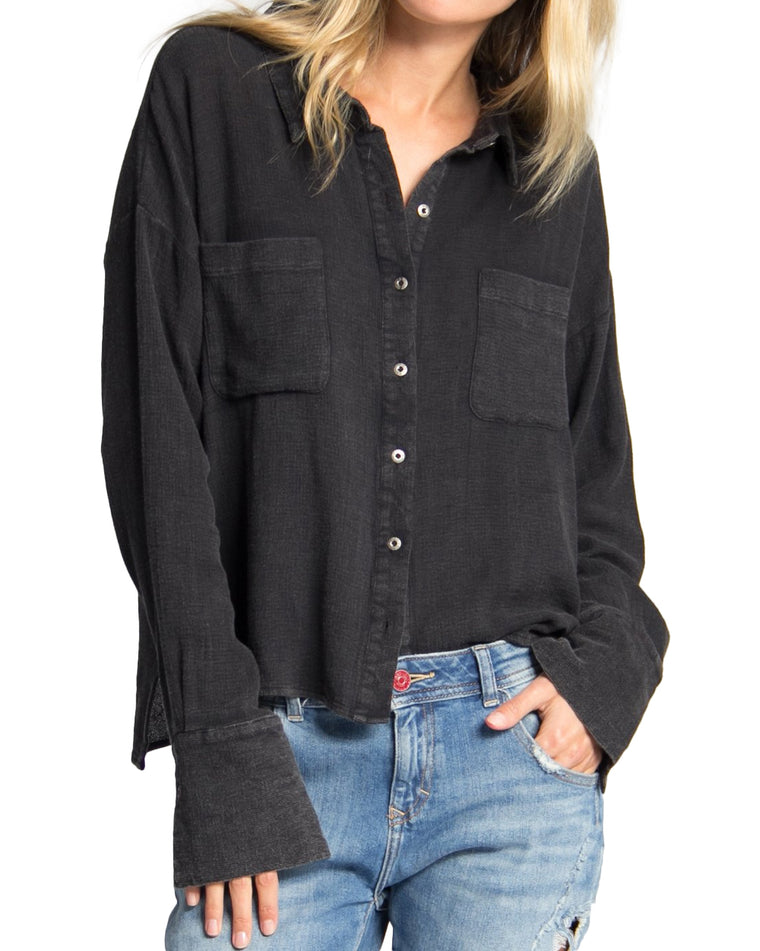 Livi Black Oversized Boyfriend Shirt