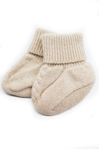BABY BOOTIES WITH CABLE