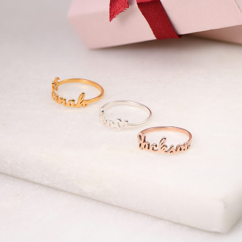 SCRIPT NAME RING, GOLD