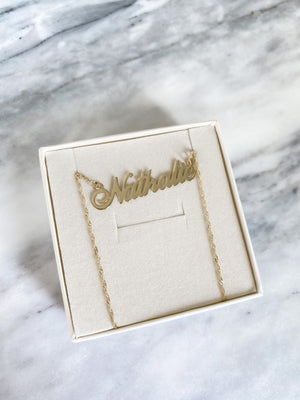 NATHALIE 14KT SOLID GOLD CARRIE NAME NECKLACE