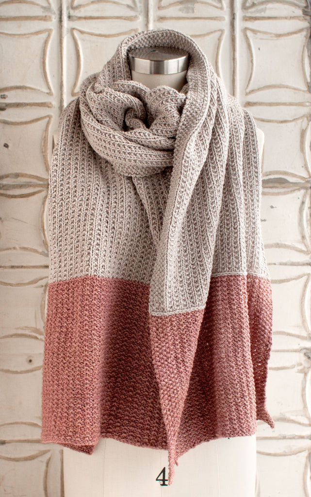 Two-tone reversible knitted scarf
