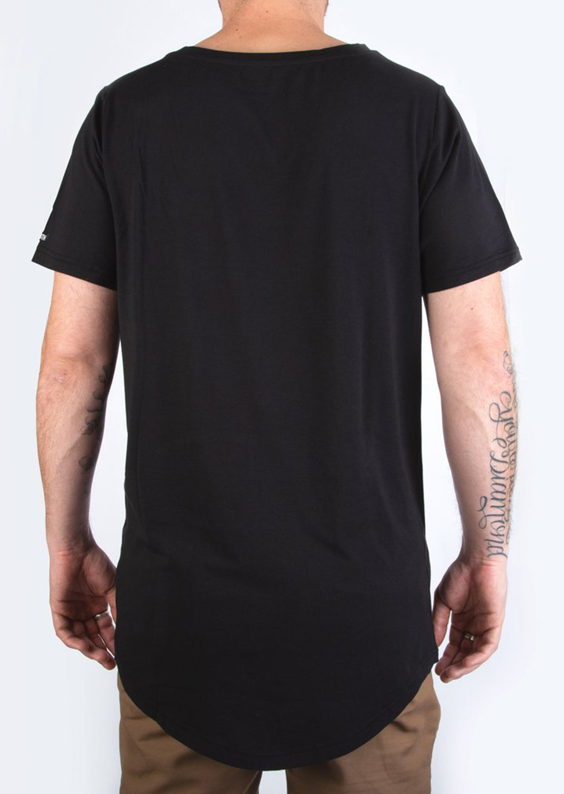 BN3TH Men's Short Sleeve Shirt - Model Back