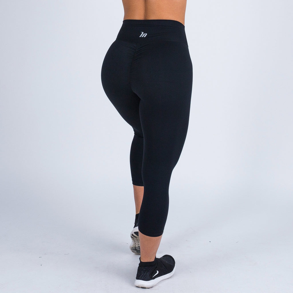 7/8 High Waist Scrunch Leggings – BLACK (XS ONLY)