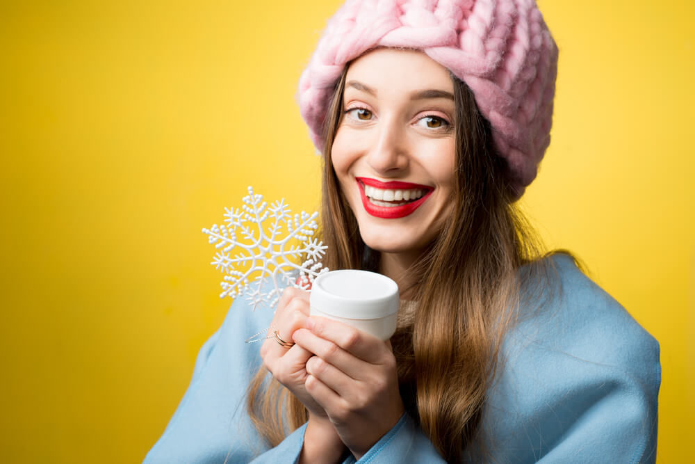 Your skin can stay fresh and healthy in winter with the right skin care routine.