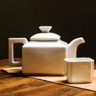 Cass Teapot with filter - commoditeas