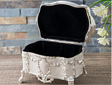 Load image into Gallery viewer, Lavette Keepsake Box - commoditeas