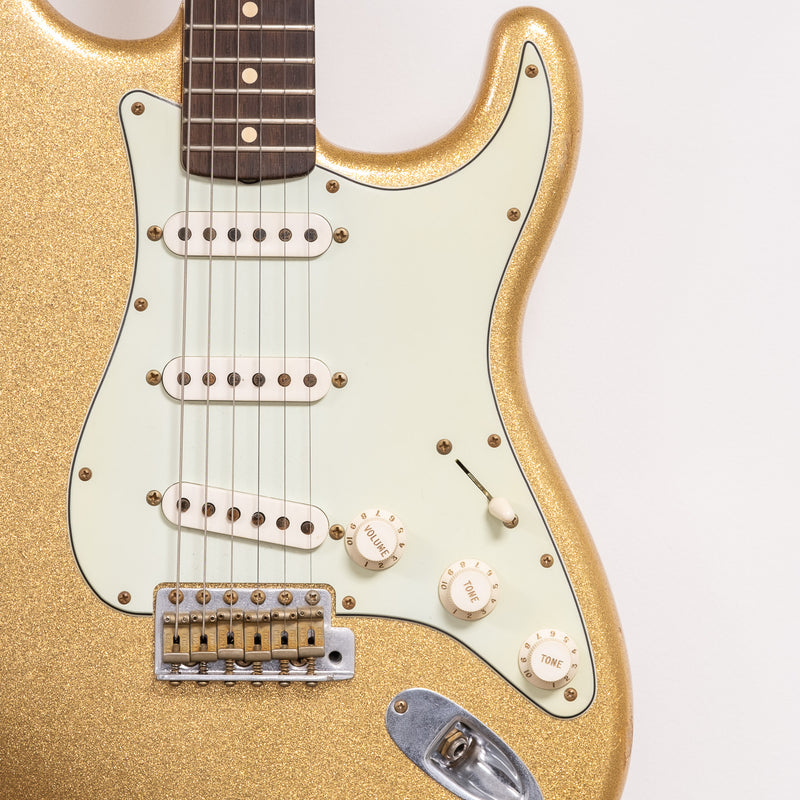 Fender Stratocaster 'electric' in Gold Sparkle