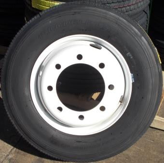 WT 215/75 R17.5 Dual Wheel & Tire