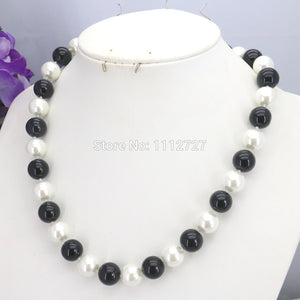 Christmas Gifts Girls 10mm White&Black Glass Pearl Beads Necklace Jewelry Making Design For Women Hand Made Ornaments Wholesale