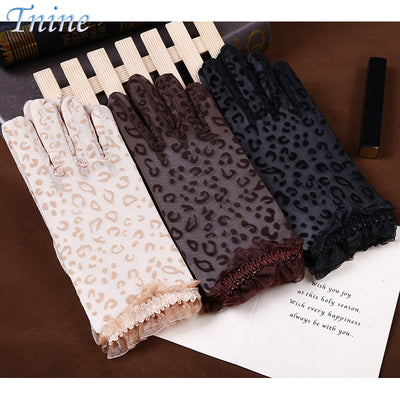 3 Pairs Ladies Summer Drove UV Sunscreen Gloves Beige Brown Black Cotton Short Women Summer Gloves Sunscreen Leopard Lace Gloves