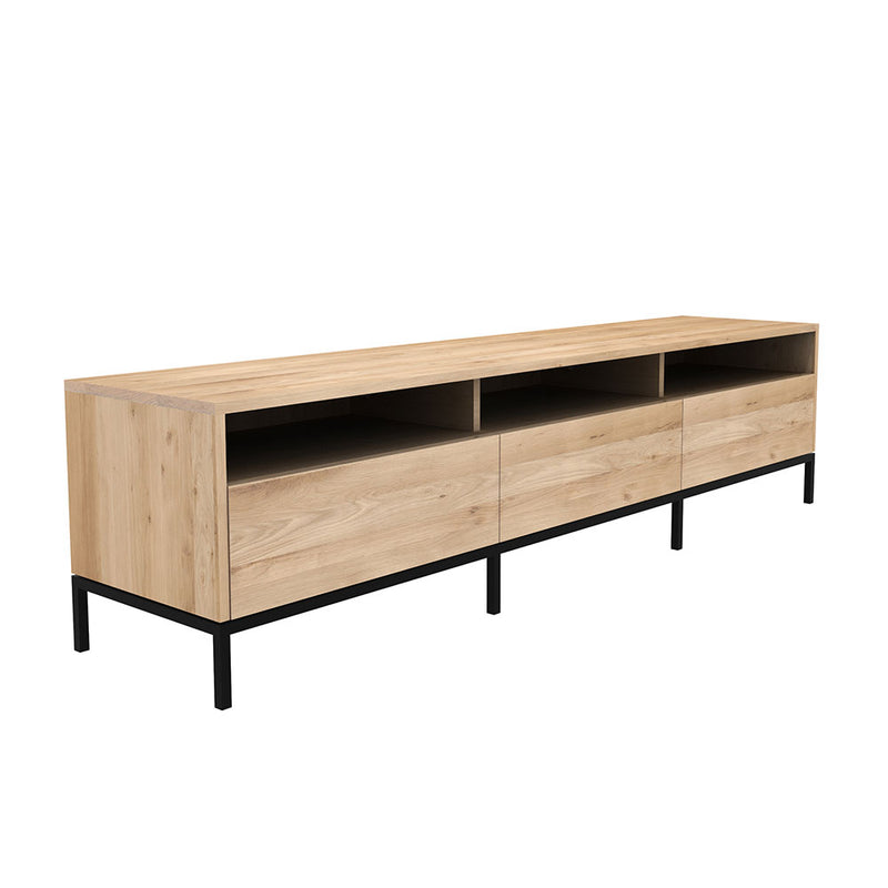 three drawer width option side view, flat front drawers no handles