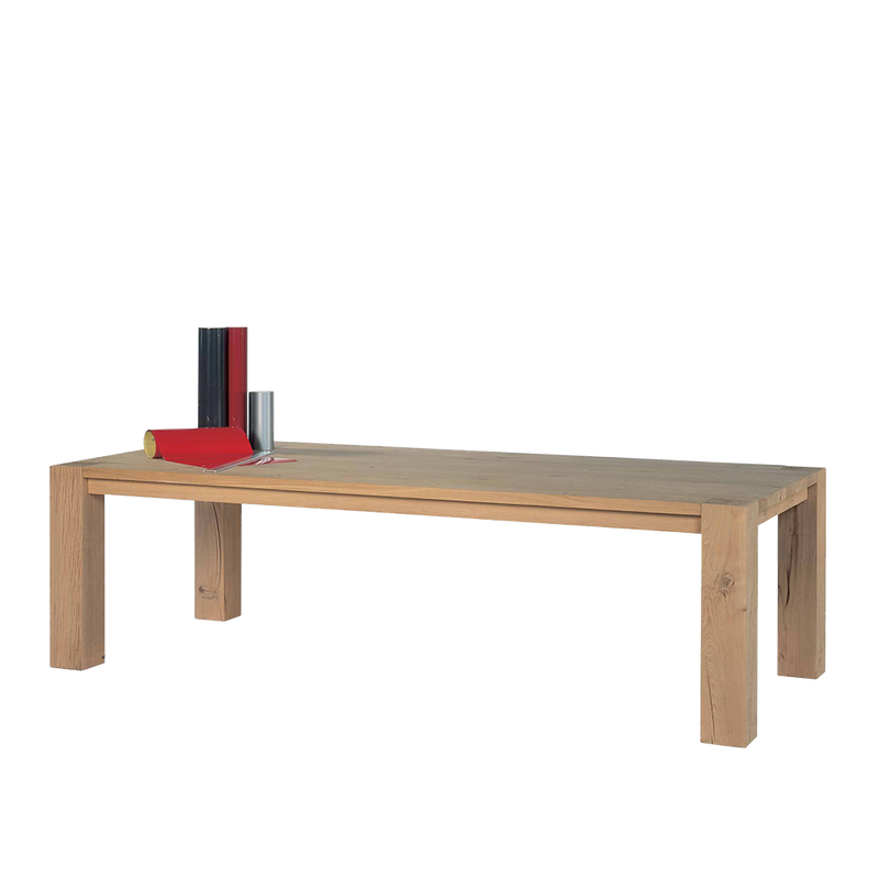 manor oak dining table with solid oak legs