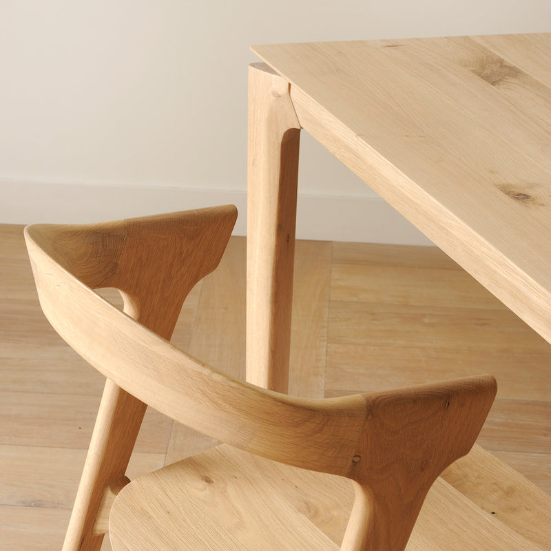 B1 table corner detail, shown with B1 chair