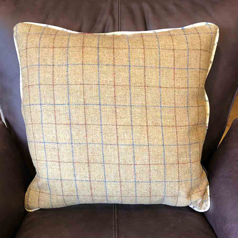 100% wool camel tweed back, square cushion