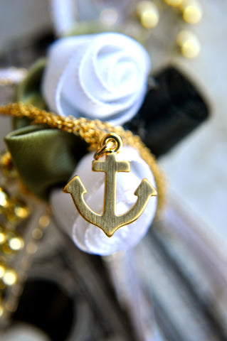 Anchor me Down Necklace