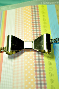 Metallic Bow Bracelet