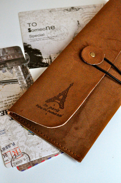 In Paris Pouch