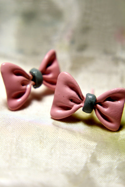 Always Yours Bow Earring