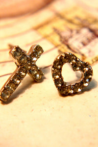 Cross My Heart Earring