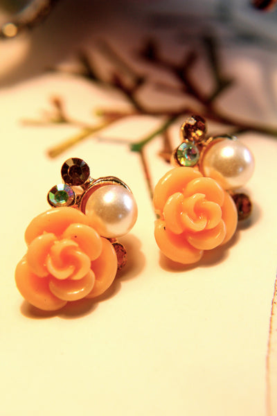 This Rose Earring