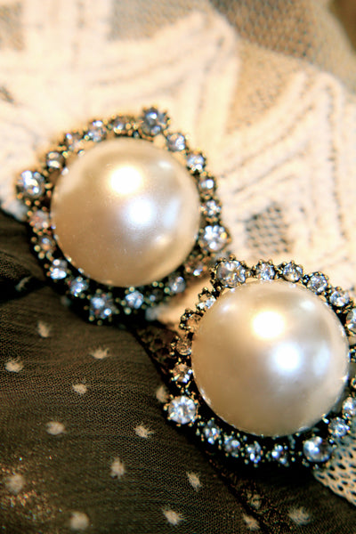 Statement Pearlesque Beauty Earrings