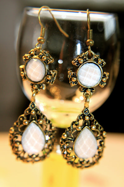 The Moonlight Rise Earring