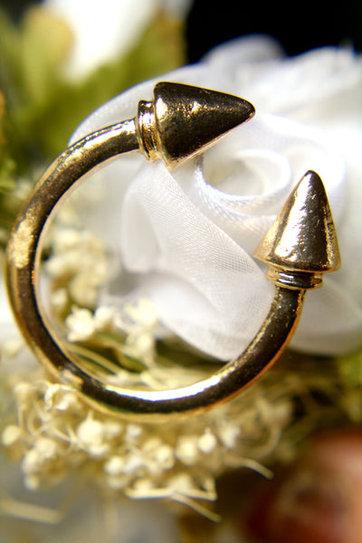 Bended Arrow Ring