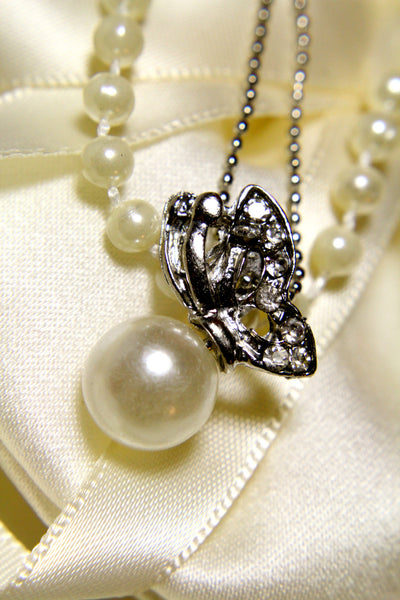 Butterfly Pearl Necklace