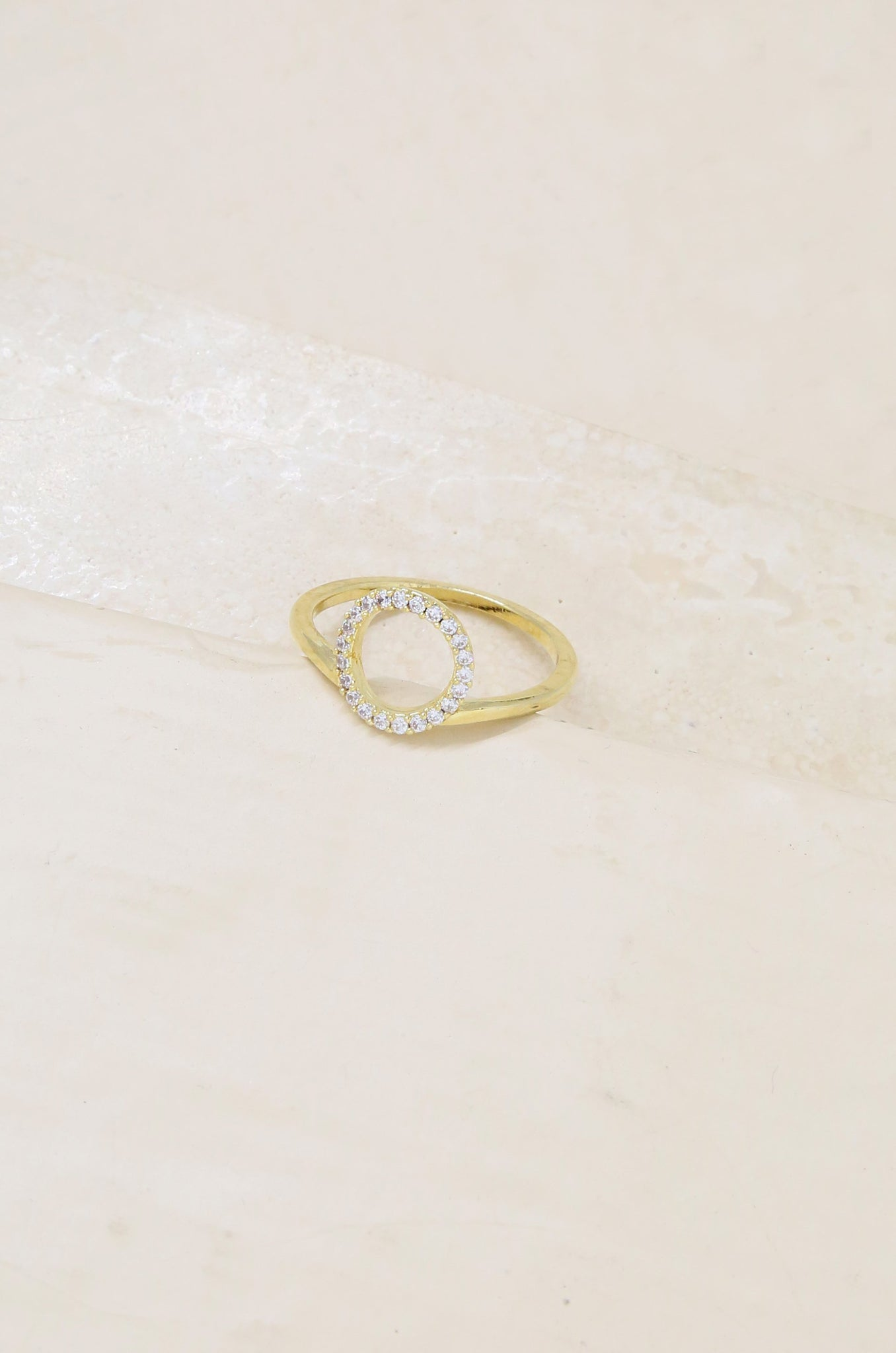 Simple Circle Crystal Ring in Gold
