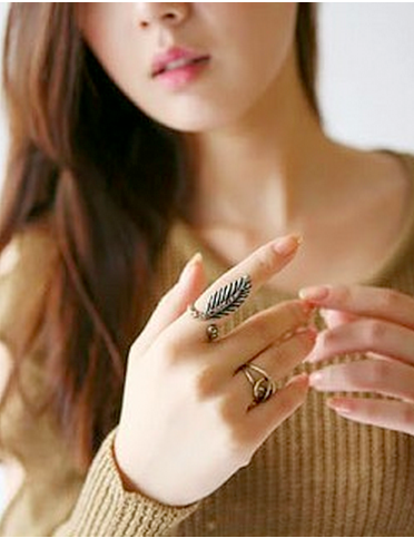 Natural Leaf Ring