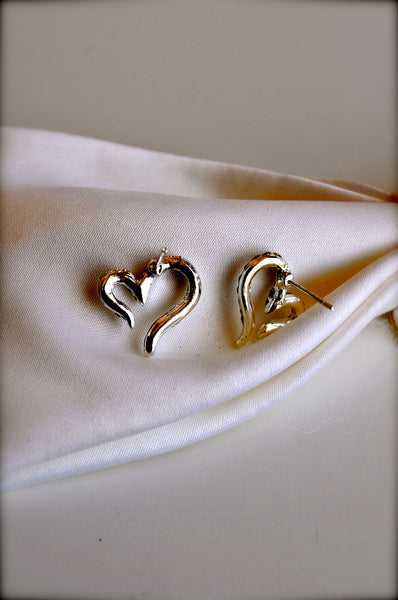 A Glistening Heart Earrings
