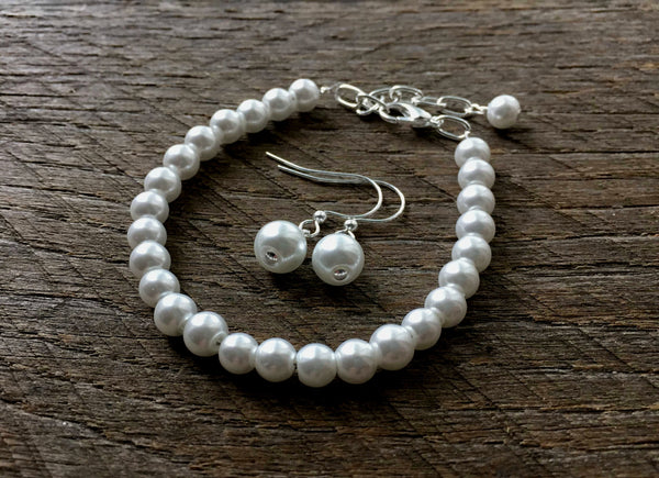 Simple Flower Girl Jewelry Pearl Bracelet and Earring Set