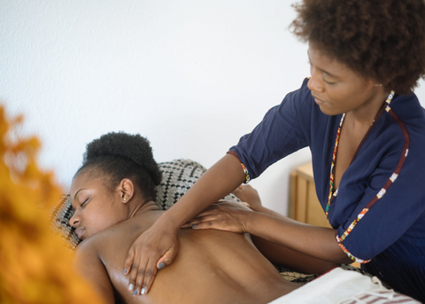 4 Benefits of Chiropractic Care and Massage Therapy - Your Back Pain Relief