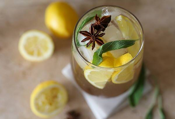 Cinnamon Whisky Sour