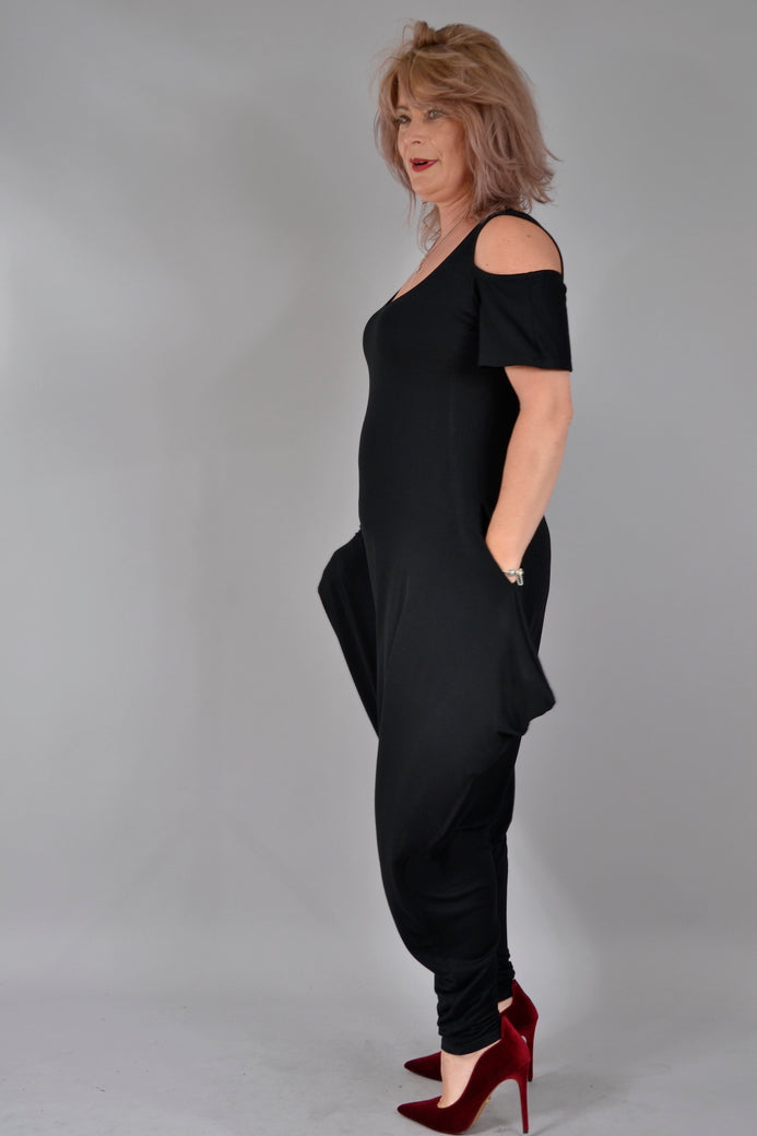Salopeta Ela S020, negru Salopete Feel Free Fashion