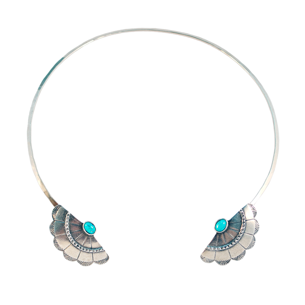 Concho Wing Open Collar