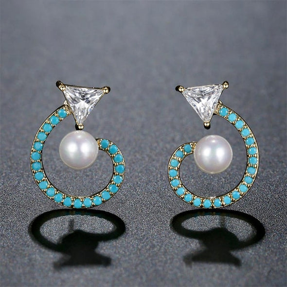 Foxy Pearl Stud Earrings - ThreeSixtyZone