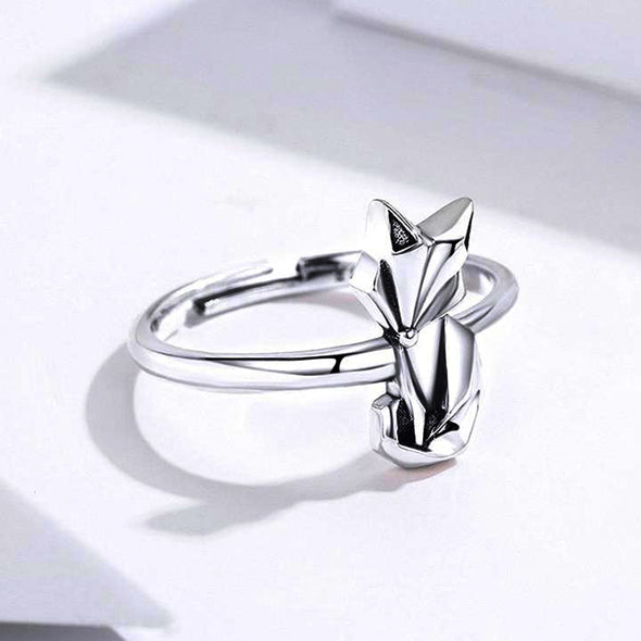 Silvery Fox Adjustable Ring - ThreeSixtyZone