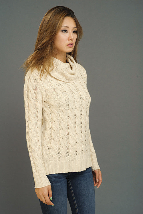 Timeless Classic Cable Knit Sweater - Taupe