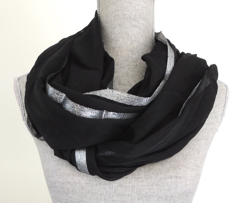 Chico Infinity Scarf- Black + Silver