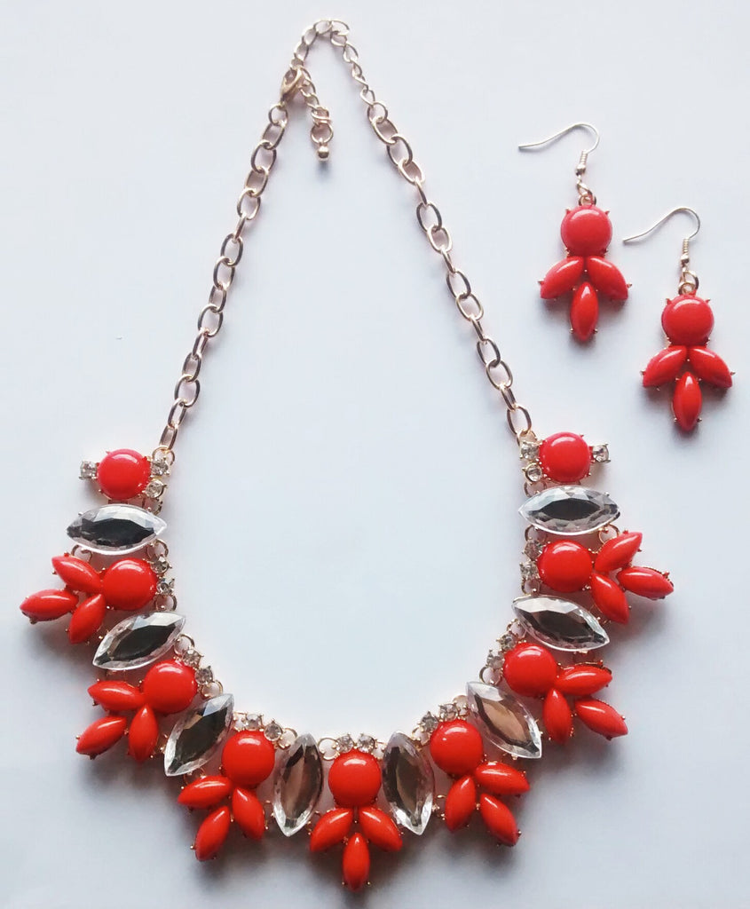 Ventura Beach Coral + Crystal Necklace and Earring Set