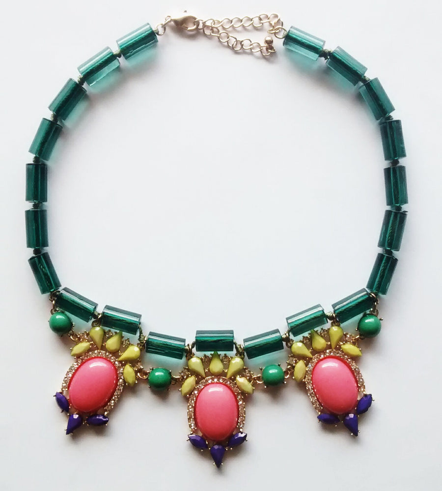 Half Moon Bay Necklace- Green + Multi - Daily Chic