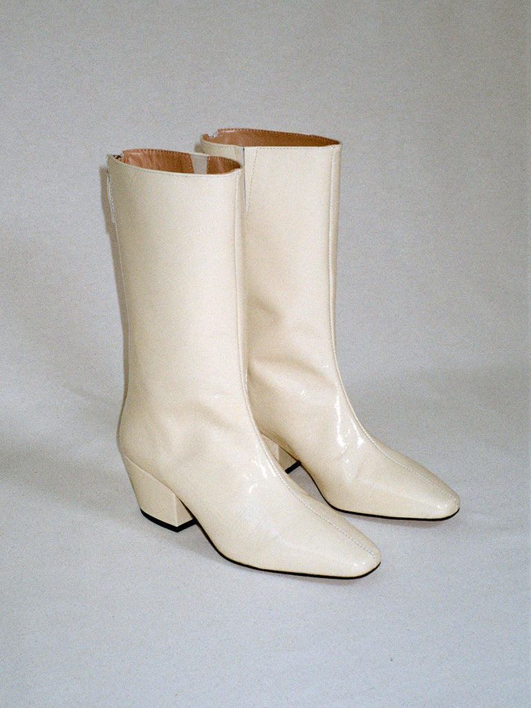 About Arianne - Myrtle Permagena patent leather boots