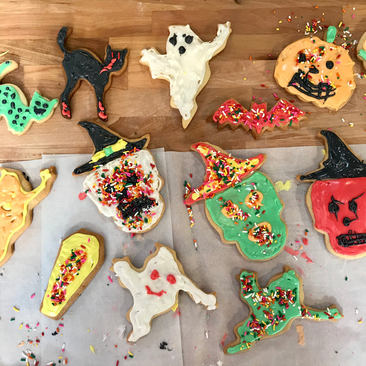 COOKING WITH YOUR KID | HALLOWEEN COOKIE DECORATING (AGES 6-9)