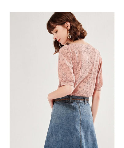 PNM TOP Embroidered Top With Gathered Hem