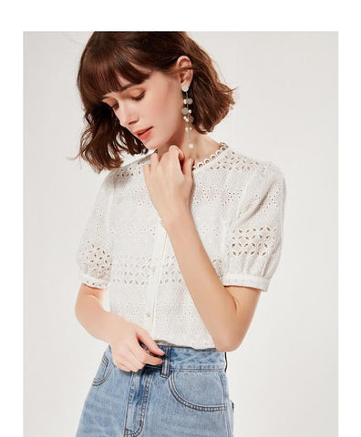 PNM TOP U-Neck Lace-Trimmed Top