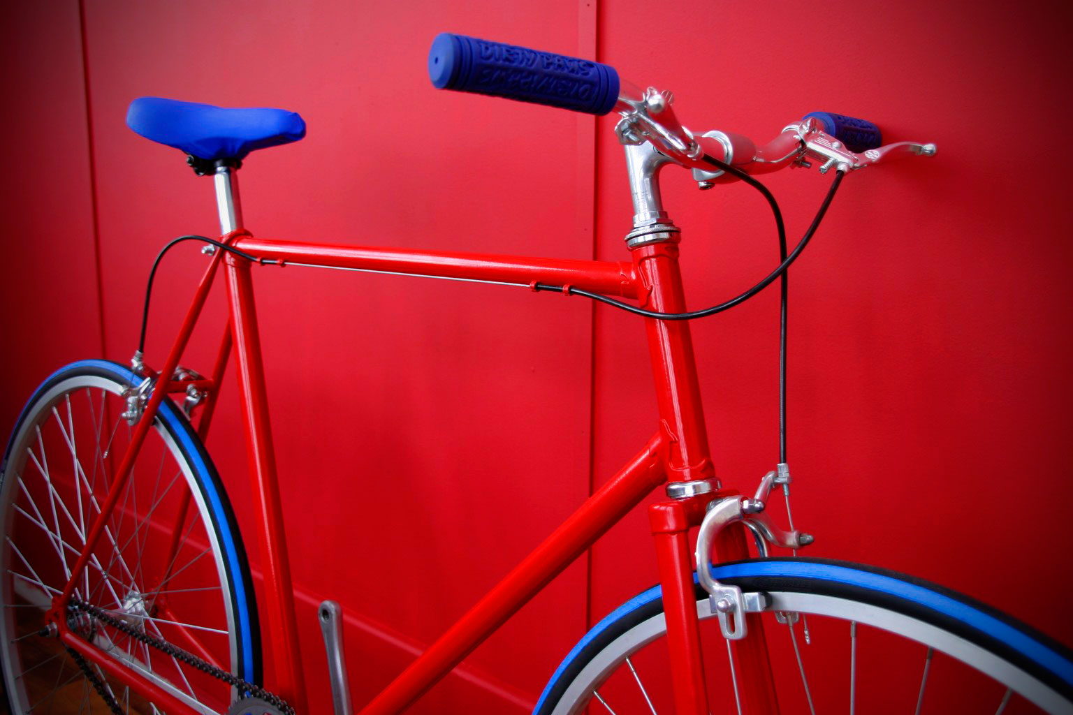 red raleigh racer