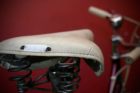 White brooks saddle