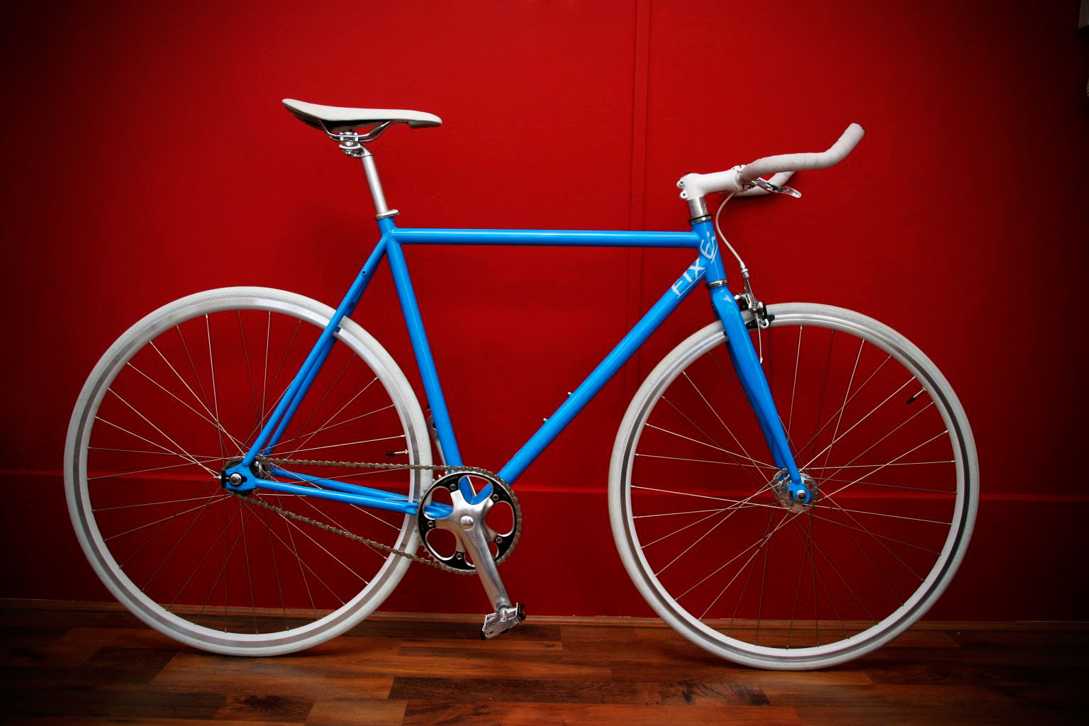 blue fixei bike